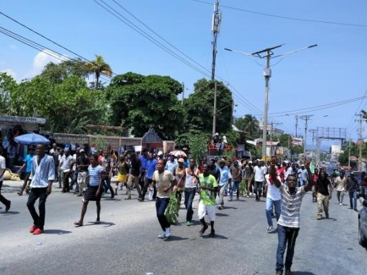 Haitian people rebel against national budget